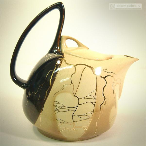 простой керамический чайник