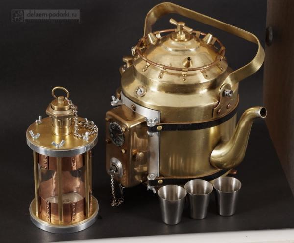 чайник из латуни