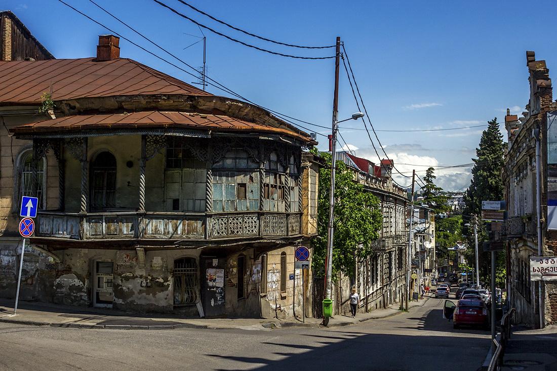 лицедейство старинные грузинские дома фото матч одновременно выступает