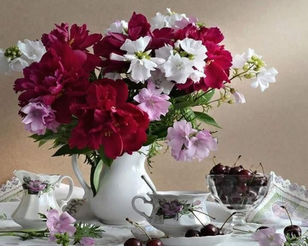 цветы и вишни.jpg