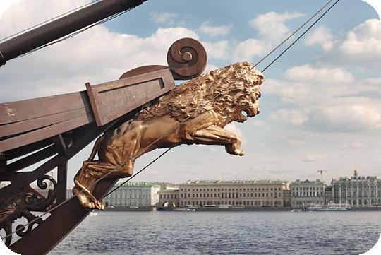 фото львы в питере