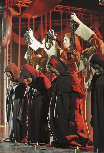 В 2009 году «Юнону...» представили в «Государственной творческой мастерской Алексея Рыбникова»                               Фото: Сергей Фадеичев (ИТАР-ТАСС)