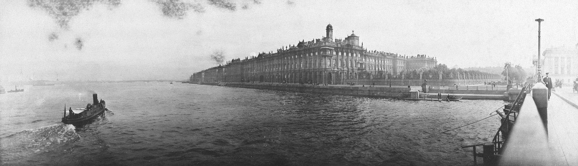 Панорама Невы у Зимнего дворца.Россия,1900-е
