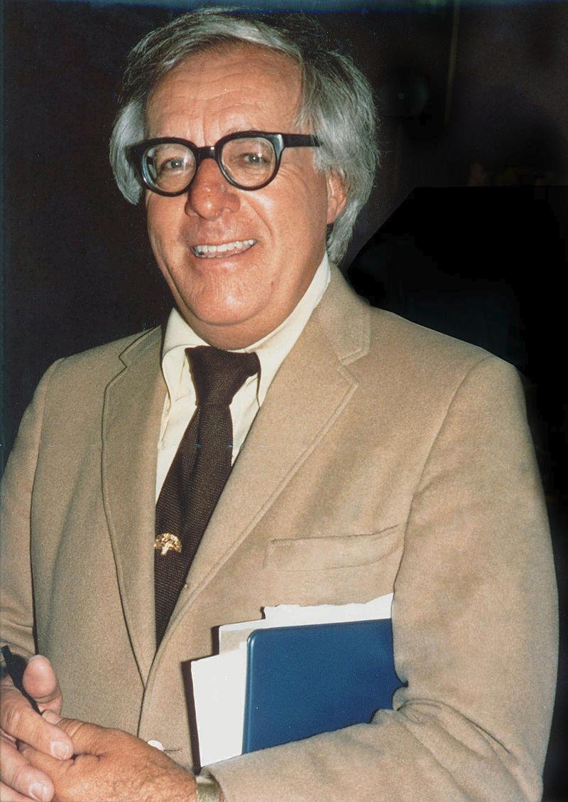 Рэй Брэдбери в августе 1975 года