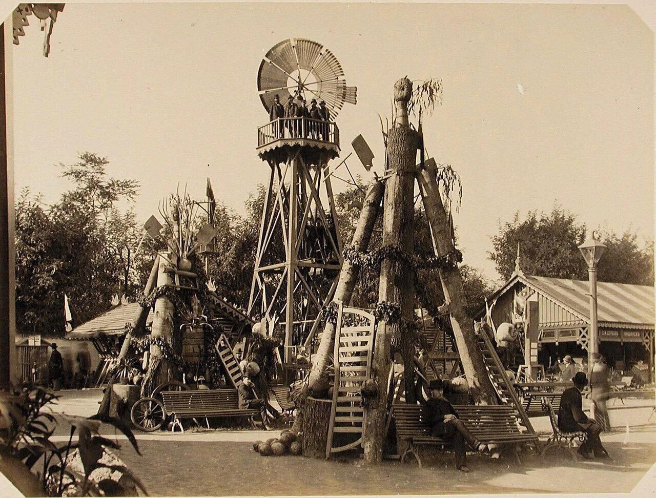 07. Общий вид ветряного двигателя - одного из экспонатов Бессарабской сельскохозяйственной выставки