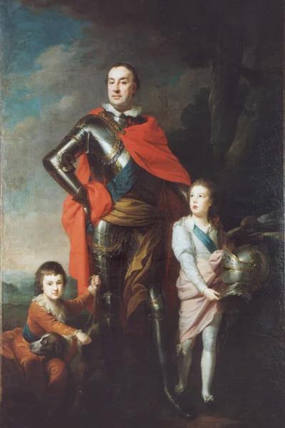 Муж Александры с двумя их сыновьями
