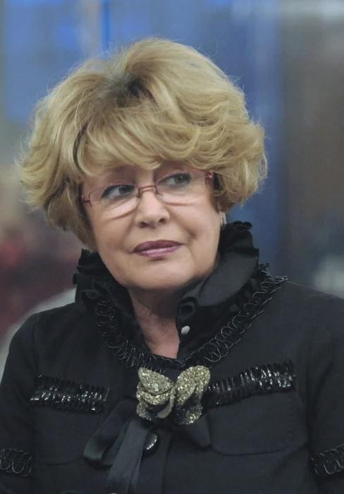 Марина Неёлова. / Фото: www.kino-teatr.ru
