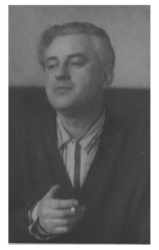Соломон Моисеевич Лобель ( 27 января 1910 г., Яссы, Румыния — 2 апреля 1981 г., Кишинёв, Молдавская ССР, СССР)