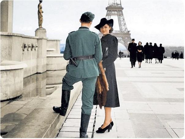 Немецкий солдат и французская девушка в Париже. Фото: общественное достояние.