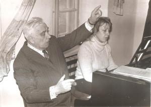 007 1984 г  В оперном классе БС У рояля Н Катасонова