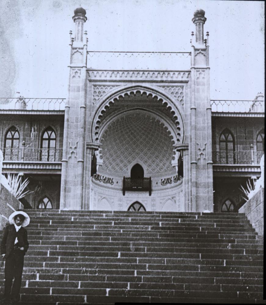 Альгамбра, Алупка