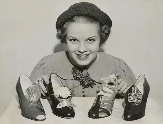 Неизвестный автор. Выставка обуви в отеле «Уолдорф Астория» Нью-Йорк, США, 1936.
