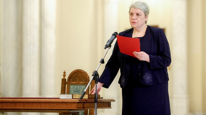 Севил Шайдех, женщина-политик из Социал-демократической партии, по происхождению татарка, она была выдвинута на пост премьер-министра в 2017 году / Источник: Овидиу Мисцик / Reuters