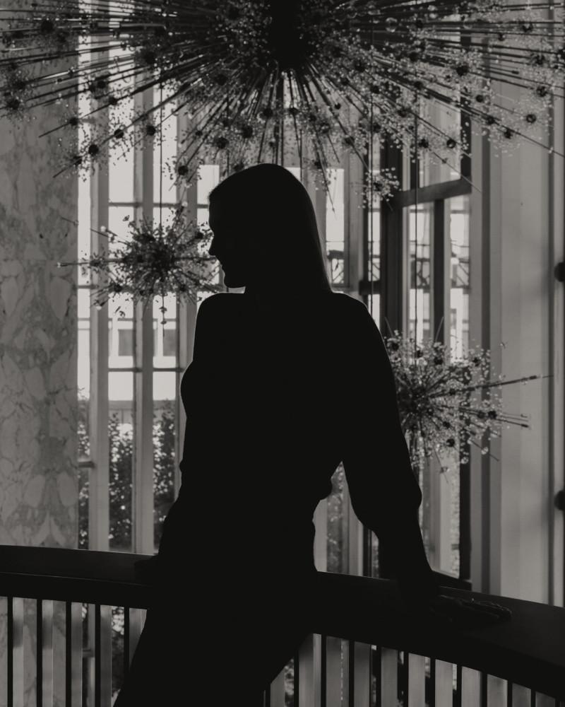 "Peter Gelb, the Met's general manager, said of Ms. Davidsen, ""Ultimately, she's going to be the next great Brünnhilde.""Credit...Kyle Johnson for The New York Times                                                                                                 Питер Гелб, генеральный директор Met, сказал о г-же Дэвидсен: «В конечном счете, она станет следующей великой Брунгильдой»."