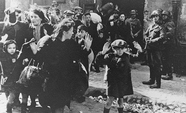 Евреи во время оккупации Варшавы Германией / © AP Photo