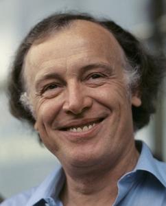 Советский и российский актёр Иннокентий Смоктуновский (1925—1994)