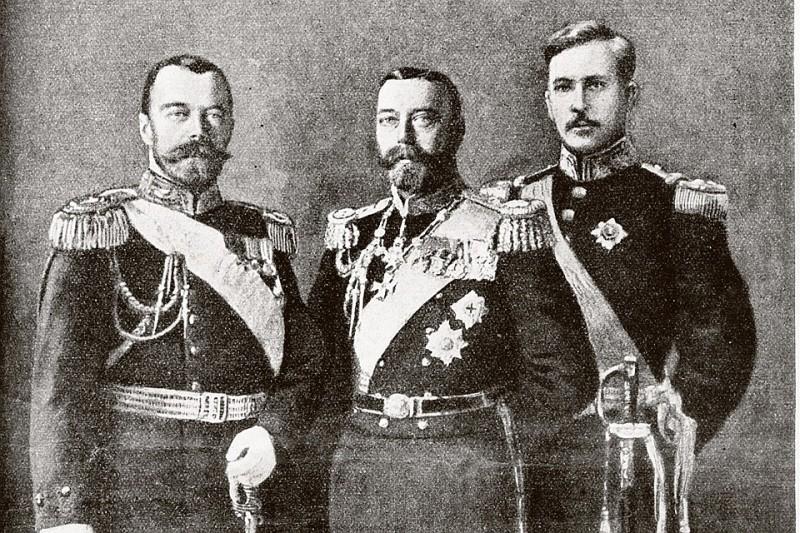 Двоюродные братья Николай II и Георг V. Справа - король Белгии Альберт I. Обложка журнала «Нива», август 1914 года