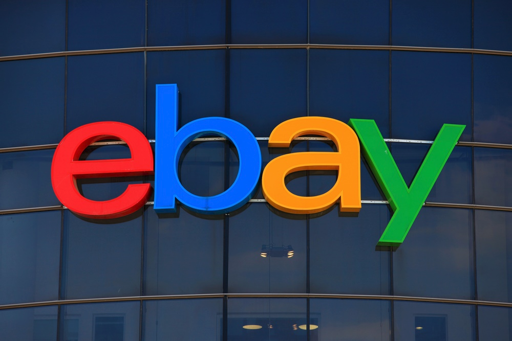 Логотип eBay до боли напоминает лого Google / © PYMNTS