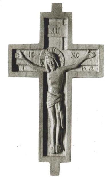 Деревянный крест с Распятием работы иеромонаха Онисима