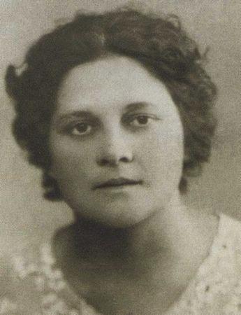 Валерия Дмитриевна. 1938 (?)