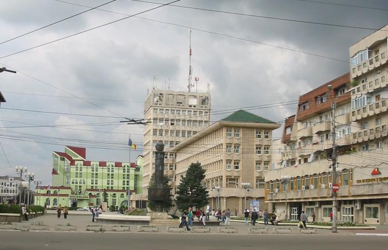 В центре Тырговиште (2006 год) CristianChirita - собственная работа