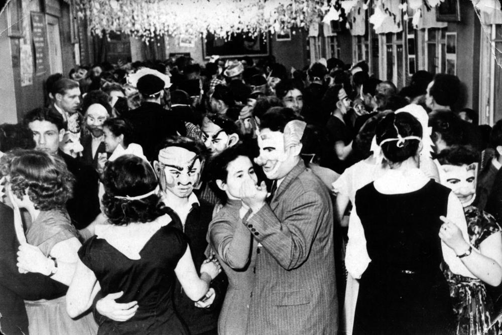 Карнавал в Мирном. 1960 год