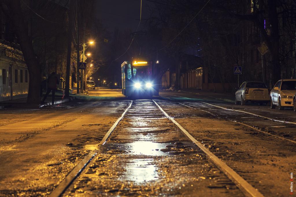 помощью фото в трамвае ночью блог про топовые