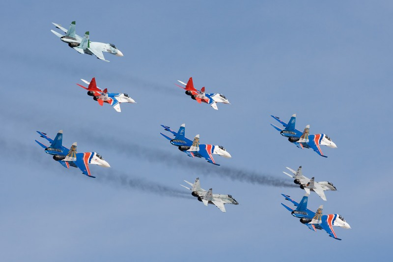 Russian_Knights_and_Swifts