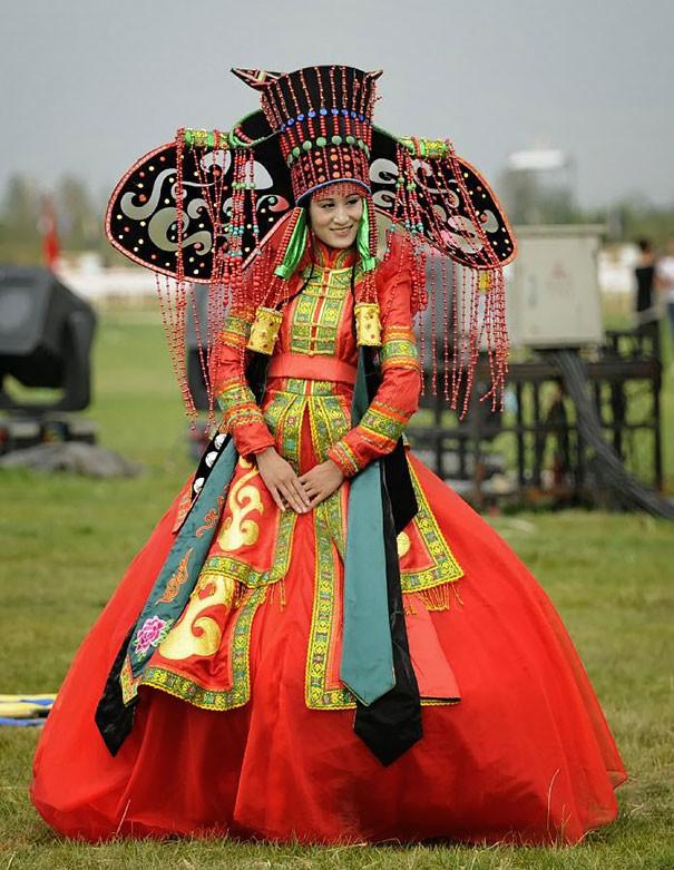 Как-выглядят-традиционные-свадебные-наряды-разных-народов-мира-4