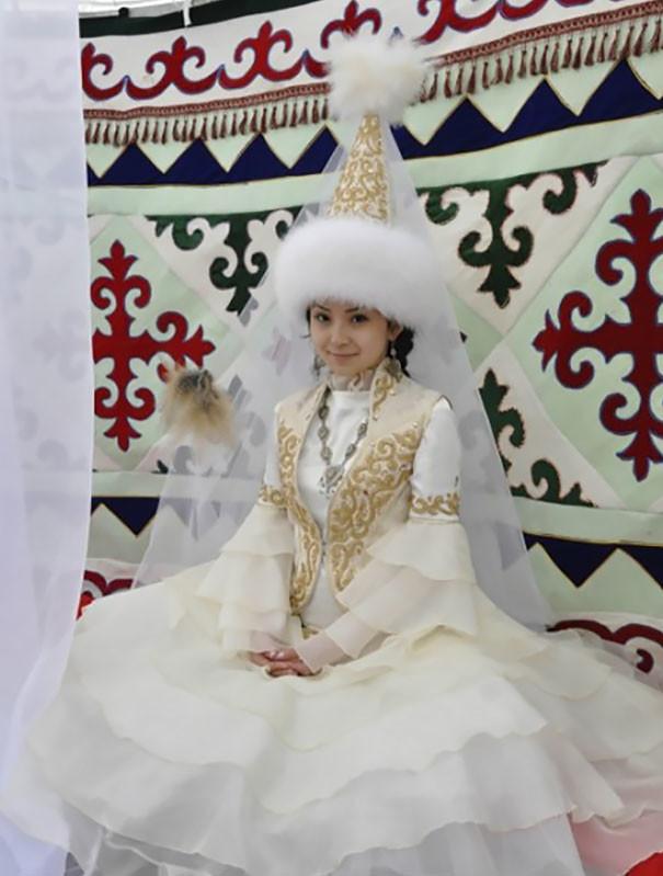 Как-выглядят-традиционные-свадебные-наряды-разных-народов-мира-6