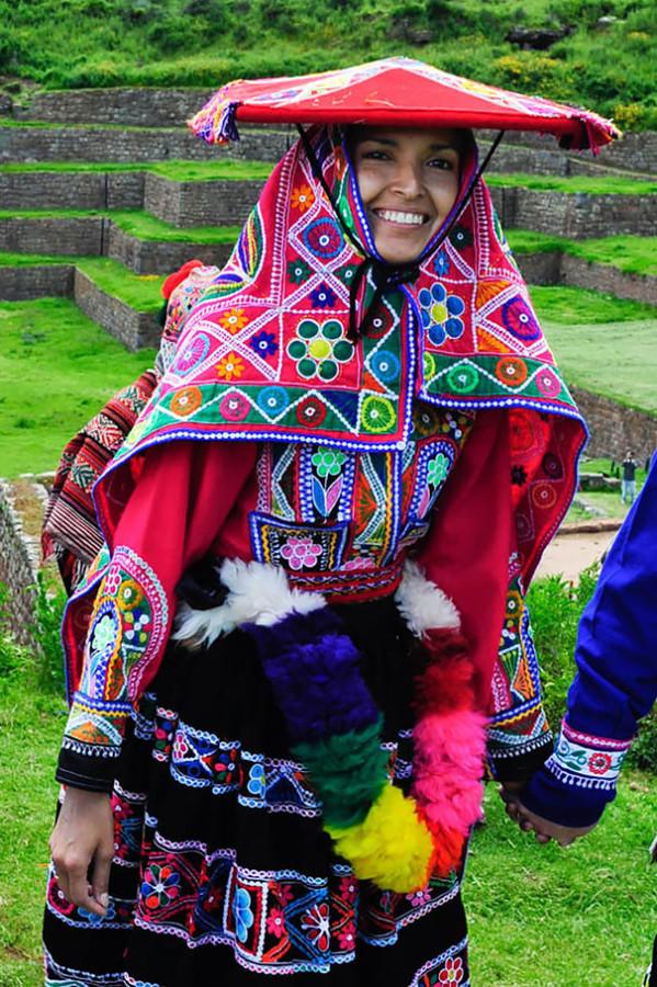 Как-выглядят-традиционные-свадебные-наряды-разных-народов-мира-15