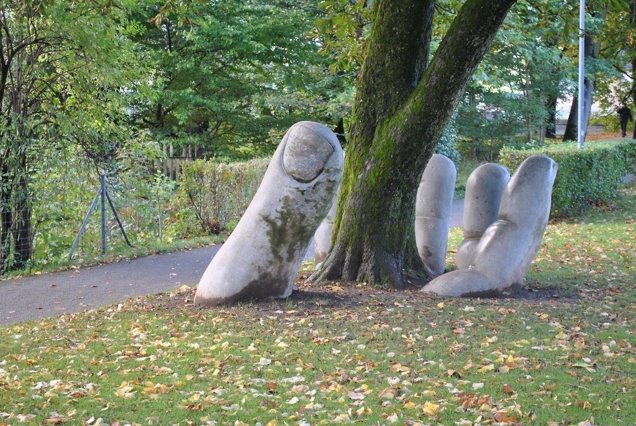 Красота момента - антропологическая скульптура