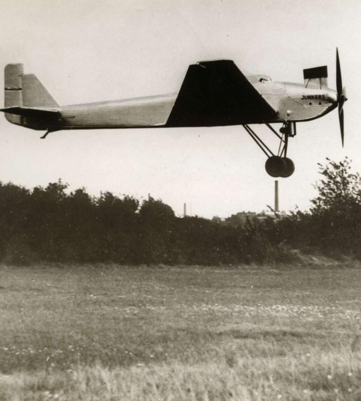 Ju 49 первый взлет начало октября 1931