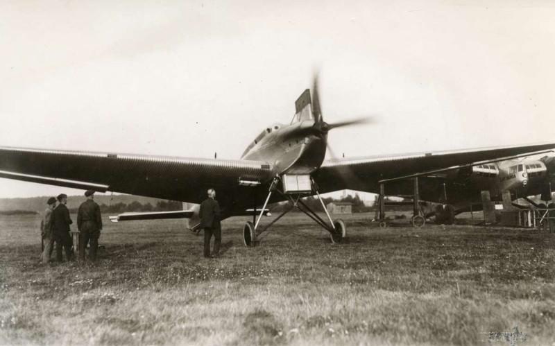 Ju 49