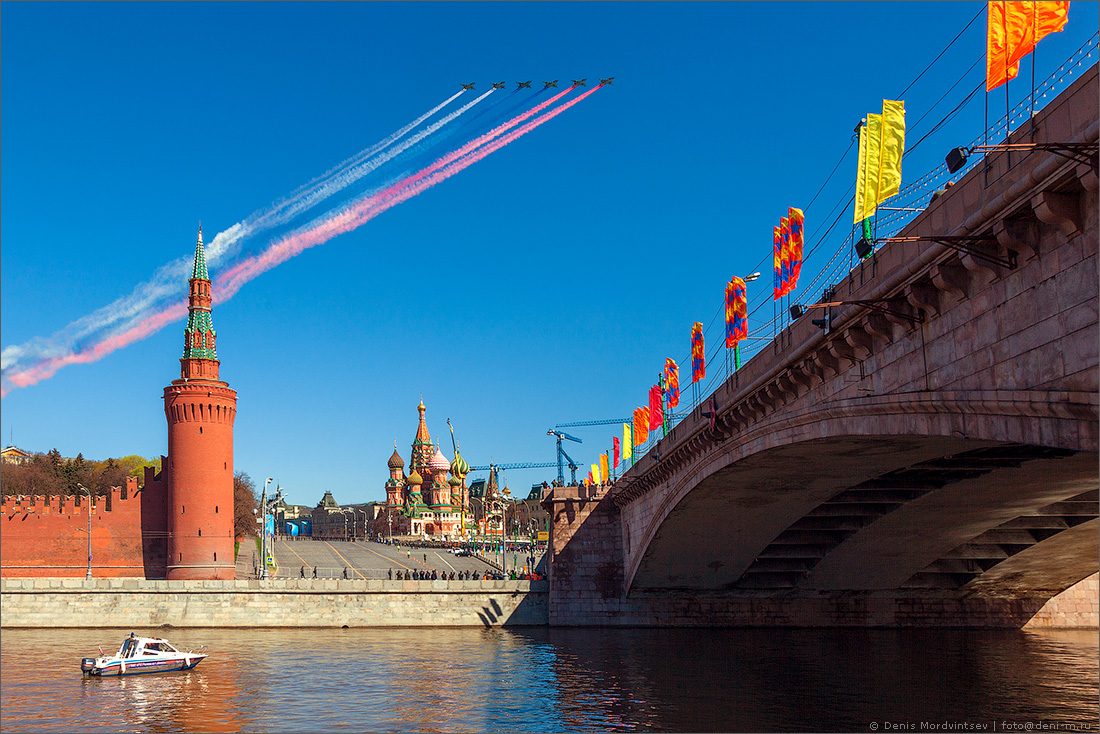 Праздничная Москва: sen_semilia: http://sen-semilia.livejournal.com/1398776.html