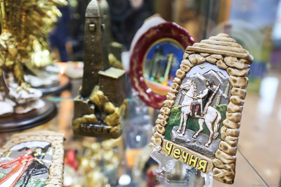 В Чечне будут выпускать уникальные сувениры в народном стиле