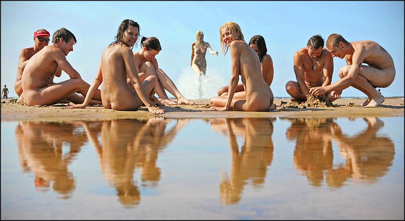 покое фото натуралистов на пляже такой порнухе