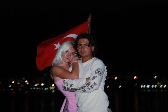 фото русские девушки в турции с турками в отелях