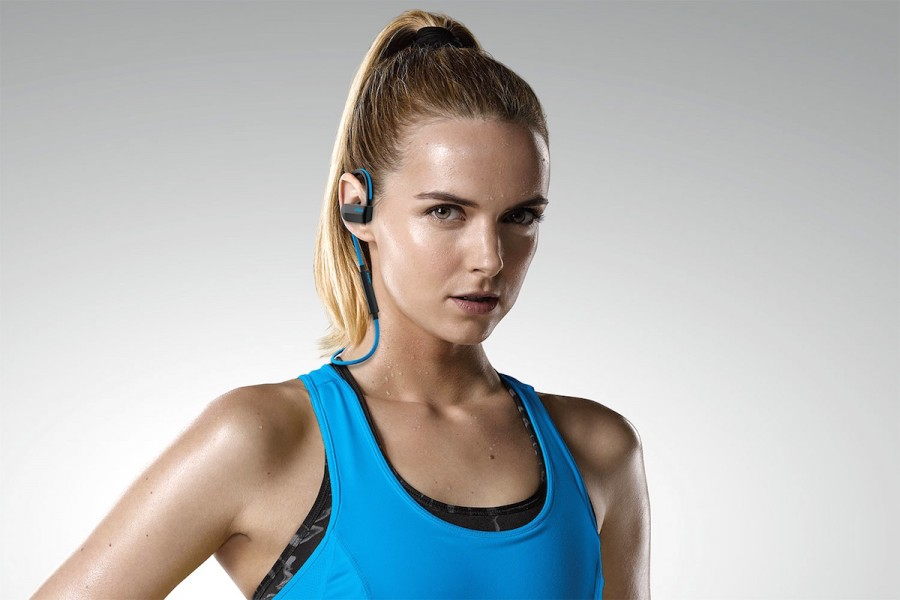 jabra-sport-pace-wireless-lifestyle-1500x1000.jpg