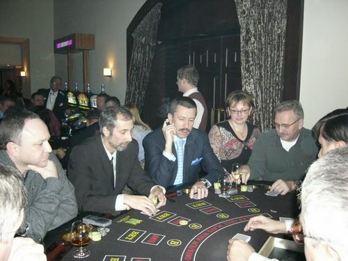 kto-rabotal-v-kazino-metropol