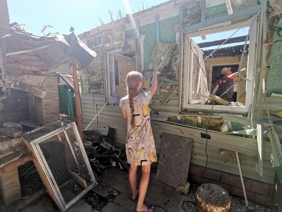 Последствия обстрела 15 участка. Автор фото: Кристина Мельникова