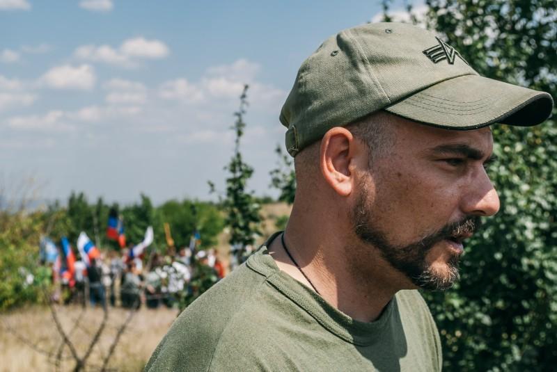 Дмитрий Стешин на месте гибели Андрея Стенина в первую годовщину трагедии. 6 августа 2015