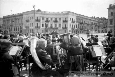 Одесса-оккупация-оркестр