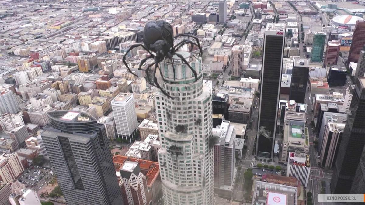 kinopoisk.ru-Big-Ass-Spider-2202028