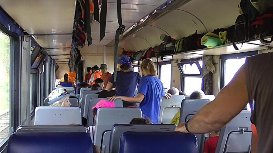 054а_рюкзаки в вагоне.jpg