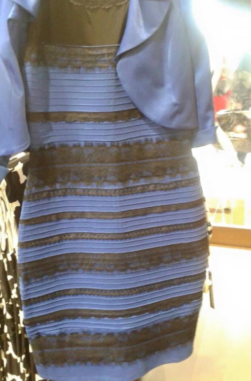 heres-whats-happening-with-that-dress-with-the-confusing-colors-882-body-image-1424998233