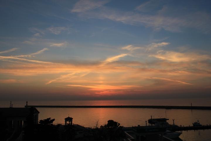 Вид на акваторию морского порта Сочи