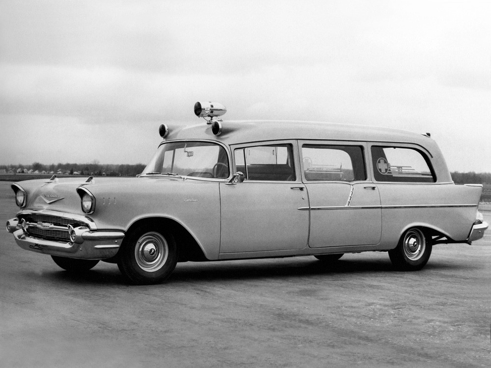 1957_Memphian_Chevrolet_Ambulance_stationwagon_retro_emergency_____g_2048x1536