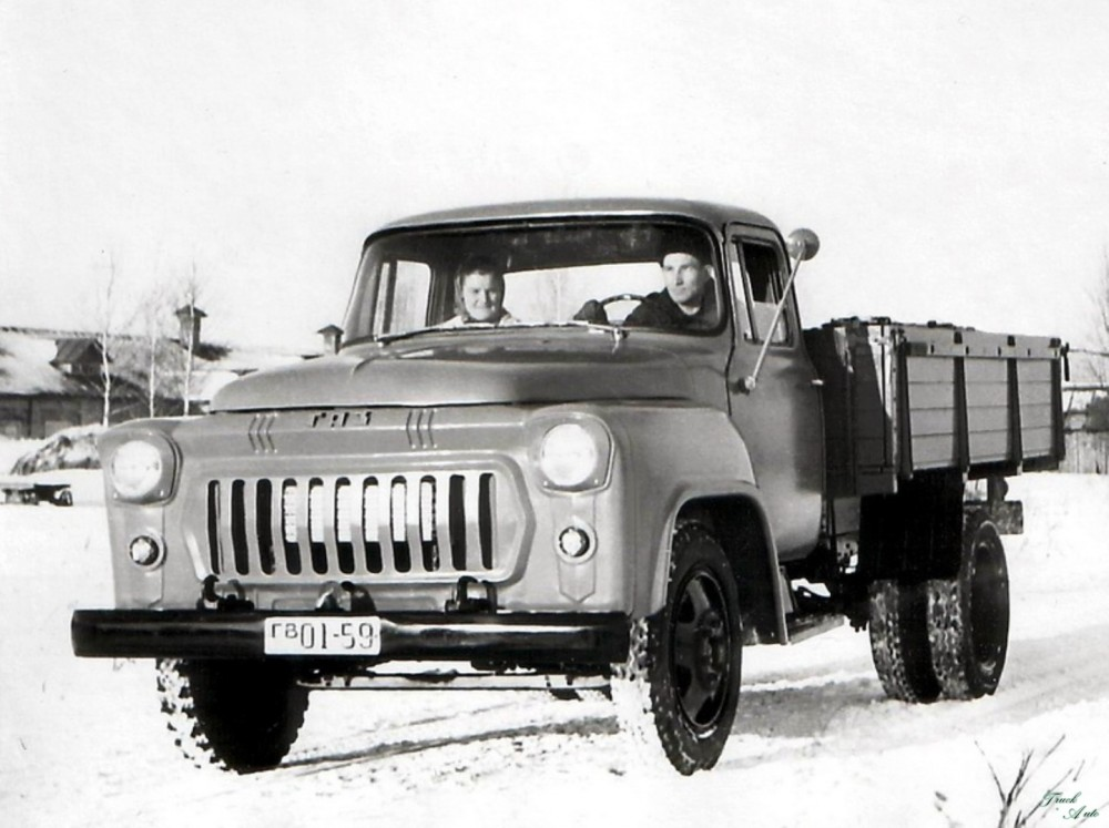 1321549419_truck-auto.info_gaz-56_4
