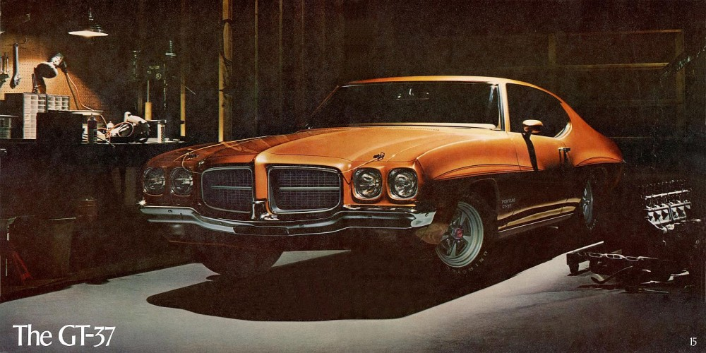 1971 Pontiac Performance Cars-14-15